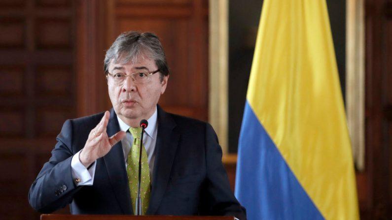 El Ministro de Relaciones Exteriores de Colombia, Carlos Holmes Trujillo, en Bogotá el 25 de abril de 2019. (DANIEL MUNOZ/AFP/Getty Images)