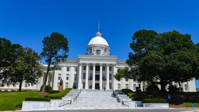 Senado de Alabama aprueba castración química para pederastas