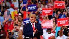 """CNN corta tranmisión en vivo de la campaña de Trump, luego de que el público gritara """"¡CNN apesta!"""""""