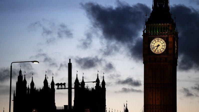 Una vista general de Elizabeth Tower el 22 de marzo de 2017 en Londres, Inglaterra. Imagen de archivo. Una mujer embarazada fue apuñalada el 29 de junio y su bebé está luchando por sobrevivir. (Carl Court/Getty Images)