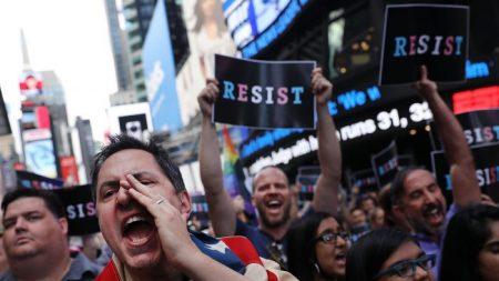 Crear la ilusión de caos es el propósito de las noticias falsas anti Trump