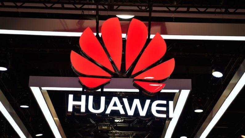 El logotipo de Huawei se exhibe en el Centro de Convenciones de Las Vegas el 9 de enero de 2018 en Las Vegas, Nevada. (David Becker/Getty Images)