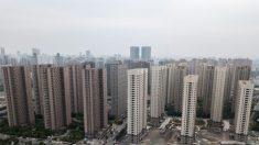 Empresas estatales de China se apresuran a liquidar las acciones inmobiliarias