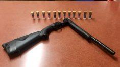 Policías salvan a un adolescente suicida quitándole una escopeta segundos antes de que se dispare
