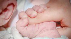 """""""Lo que pasó fue nuevo para mí"""": papá comparte foto del pie de su bebé para alertar a otros padres"""