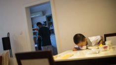 Niño de 11 años come cinco comidas al día para salvar la vida de su padre