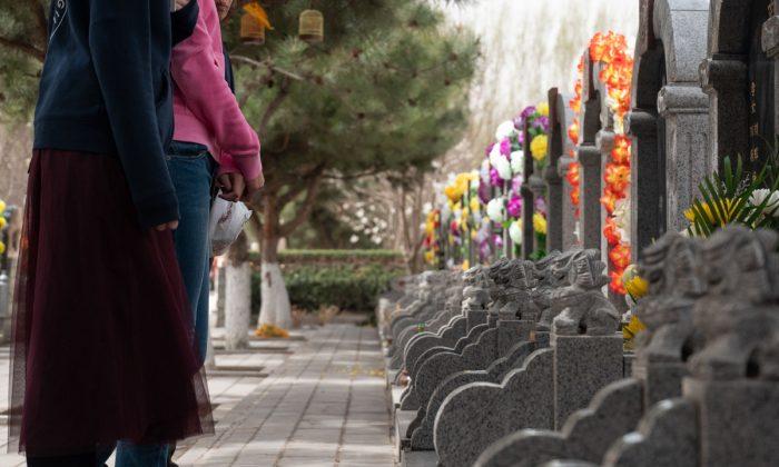 Familiares se pelean por la tutela legal de una huérfana al enterarse de su secreto