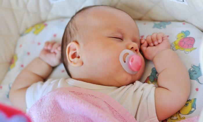 Imagen ilustrativa de un bebé durmiendo. (Illustration - Shutterstock)