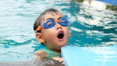 Su hijo perdió la vida en una piscina, ahora lanza una advertencia sobre los peligros a otros padres
