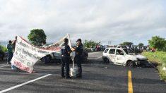 """Cártel incendia autos como mensaje a la nueva Guardia Nacional: """"Se alinean o los alineo"""""""