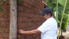 Mexicano aprovecha abundancia de sargazo y patenta bloques para construir casas