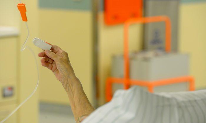 Foto de archivo de un paciente de hospital. (Theo Heimann/File Photo via Getty Images)