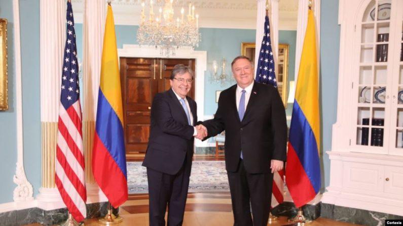 El canciller Carlos Holmes Trujillo se reúne con el secretario de Estado de Estados Unidos, Mike Pompeo, con quien discute temas de la agenda bilateral y regional. (Cortesía VOA)