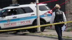 Bebé de 3 años muere al dispararse por accidente en el rostro en Chicago