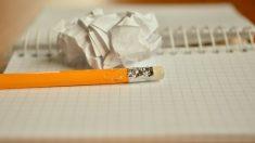 Adolescente interrumpió examen final para dar a luz y 40 minutos después regresó a terminarlo