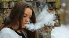 Hospitalizan al menos a ocho adolescentes en EE. UU. con daño pulmonar por vapear