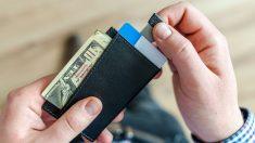 Arrestan a un hombre tras devolver billetera extraviada en un Casino de Florida