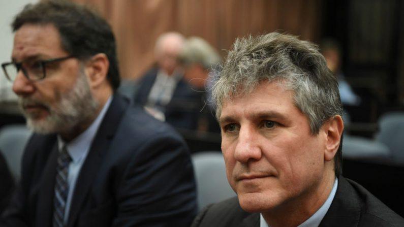 El exvicepresidente argentino (2011-2015) Amado Boudou asiste a su juicio por cargos de corrupción en los tribunales federales de Comodoro Py en Buenos Aires el 7 de agosto de 2018. (EITAN ABRAMOVICH/AFP/Getty Images)
