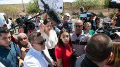 """""""No encontré condiciones deplorables"""" en la frontera, dice Pastor Hispano contra reclamos de Ocasio-Cortez"""