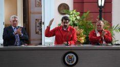 """Maduro dice a los líderes de las FARC que son """"bienvenidos"""" en Venezuela"""