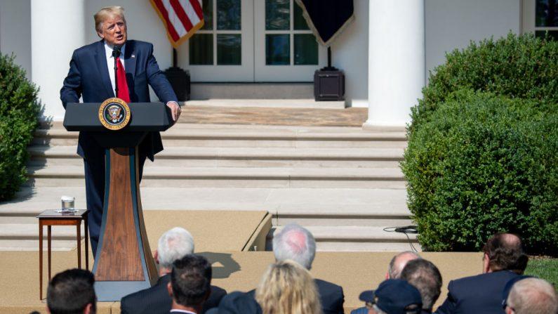 El presidente de Estados Unidos, Donald Trump, en el Jardín de Rosas de la Casa Blanca en Washington, DC, el 29 de julio de 2019. (SAUL LOEB/AFP/Getty Images)