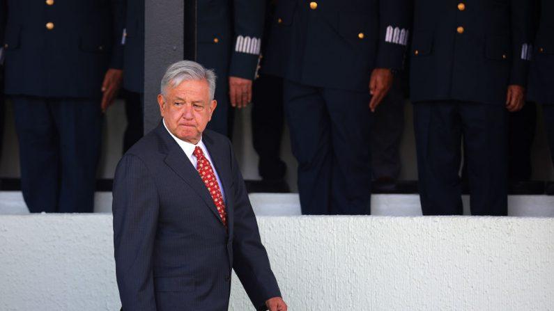 El presidente de México, Andrés Manuel López Obrador, durante la ceremonia de despliegue de la nueva fuerza de seguridad mexicana 'Guardia Nacional' en Campo Marte el 30 de junio de 2019 en la Ciudad de México, México. (Manuel Velásquez/Getty Images)
