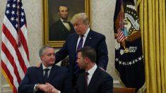 EE. UU. y Guatemala firman convenio del asilo legítimo para restringir el tráfico de personas