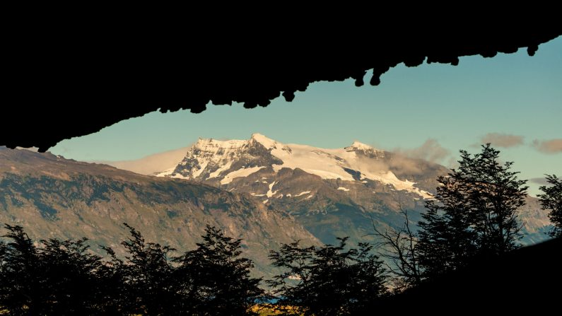 Imagen de una montaña cerca de Puerto Natales, en la Región de Magallanes en la Patagonia chilena, tomada el 26 de febrero de 2016. (Martin Bernetti/AFP/Getty Images)