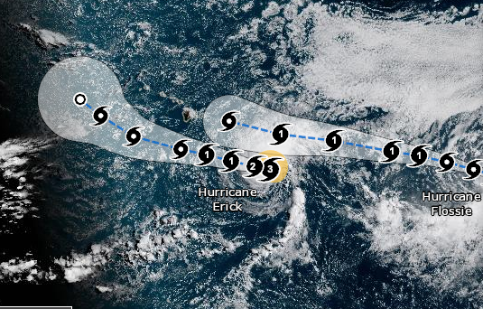 Imágen de satélite con las indicaciones del huracán Erick y Fossie el 31 de julio de 2019 (NOAA)