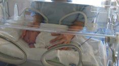 """Bebé milagroso"" logra sobrevivir luego de nacer a las 23 semanas pesando solo 370 gramos"