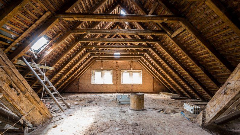 Imagen ilustrativa del ático de una casa. (Ippicture   Pixabay)