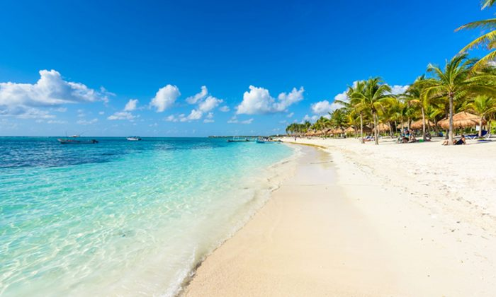Imagen de archivo de una playa. (Illustration - Shutterstock)