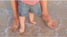 Viaje familiar a la playa se vuelve pesadilla cuando niño de 3 años casi pierde los dedos de los pies