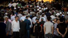 El régimen chino obliga a los musulmanes a comer carne de cerdo durante el Ramadán