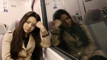 Reina de belleza a la que China teme dice que muchos chinos viven con miedo y en riesgo de persecución