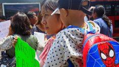 Padres de niños con cáncer protestan por falta de medicamentos en México