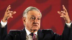 Detectan irregularidades en el programa estrella de becas del presidente de México