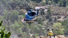 Heroico piloto arrea con su helicóptero 27 caballos y los salva de un incendio en España