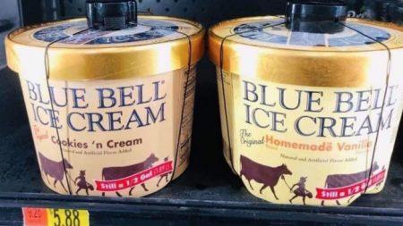 Joven que lamió un helado en Walmart publica un comunicado diciendo que se arrepiente