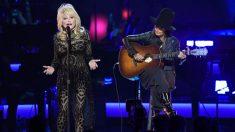"""Dolly Parton y Pentatonix se juntan para realizar una version a cappella de la famosa canción """"Jolene"""""""