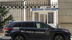 """Los abogados de Jeffrey Epstein """"no están satisfechos"""" con los resultados del médico forense"""