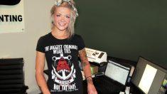 """""""Enfermera"""" publica foto con una camiseta anti-vacunas generando controversia en las redes sociales"""