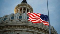 Trump ordena banderas a media asta por las víctimas de los tiroteos de Texas y Ohio