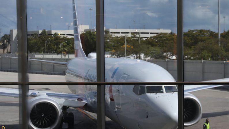 Un Boeing 737 Max 8 llega al aeropuerto internacional de Miami, el 13 de marzo de 2019 en Miami, Florida. (Joe Raedle/Getty Images)