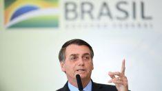 """Bolsonaro reitera que ONG son las """"mayores sospechosas"""" por incendios en Amazonía"""
