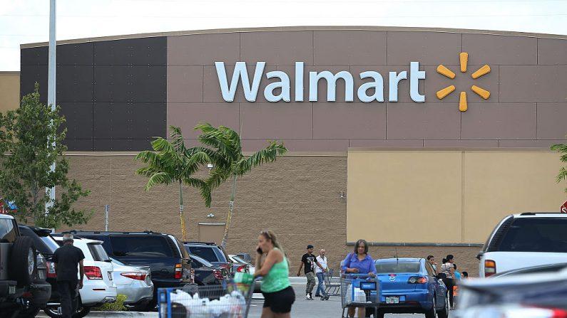 Una tienda Walmart en Miami, Florida. (Joe Raedle/Getty Images)
