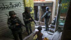 Seis estudiantes heridos en ataque a hachazos dentro de una escuela de Brasil