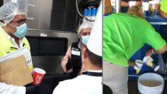 Filman un puesto de bebidas mexicano reciclando cerveza y vendiéndola a los clientes en un estadio