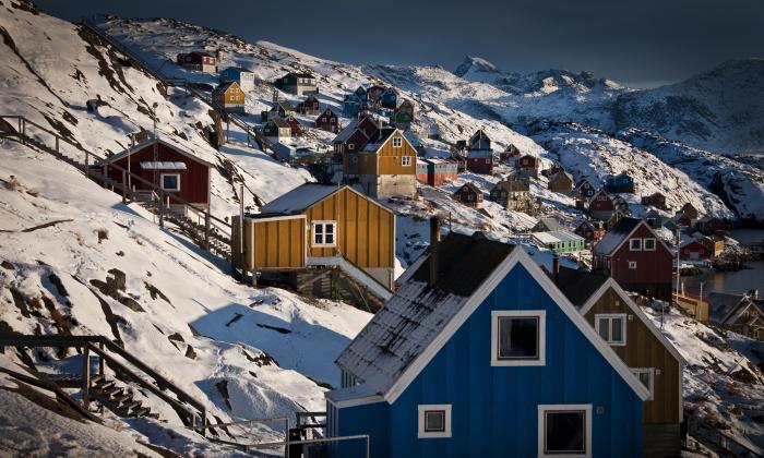 Kangaamiut, un pequeño asentamiento a unos 75 minutos en barco de Maniitsoq en Groenlandia. (Mads Pihl/Visit Greenland)