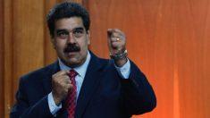 """Maduro faz papel de bobo ao saudar povo """"invisível"""" e se torna viral (vídeo)"""
